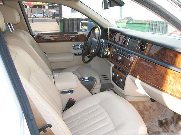 Rolls Royce Phantom Singh Limo Services Sls